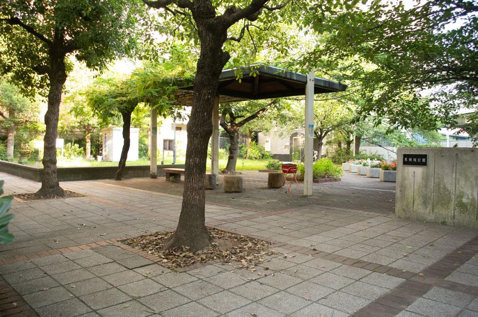 東横堀公園