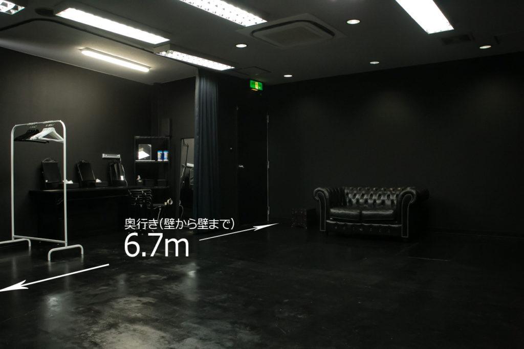黒ホリゾント(黒い部屋)のフロアマップ(写真2)