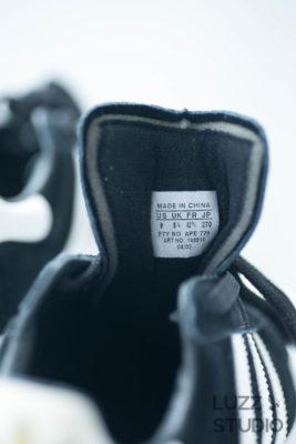 白ホリゾントで撮影した靴の写真2