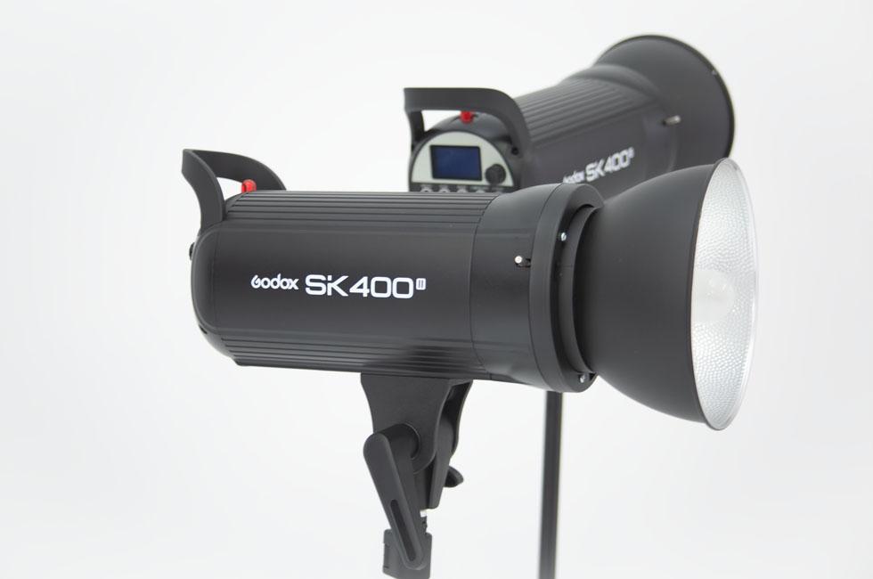 プロジェクター撮影に使用したモノブロックストロボの写真