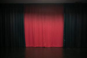 黒ホリゾント(黒い部屋)の室内写真11
