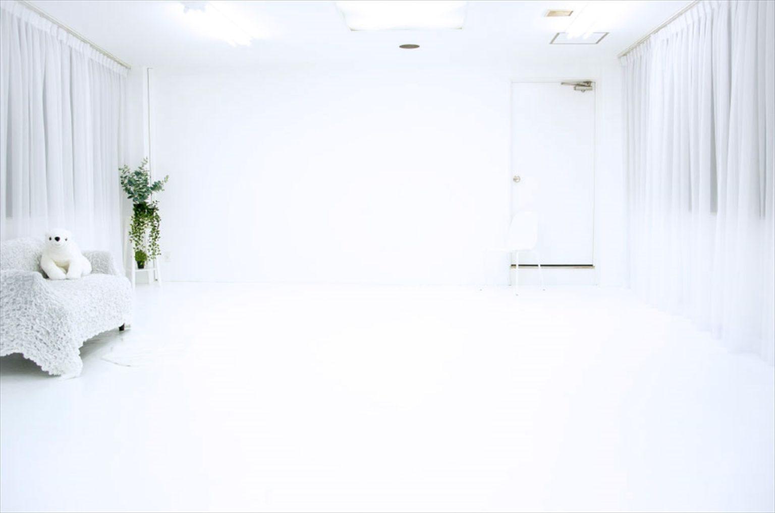 LUZZ STUDIOの白ホリゾント(白い部屋)の室内写真 6